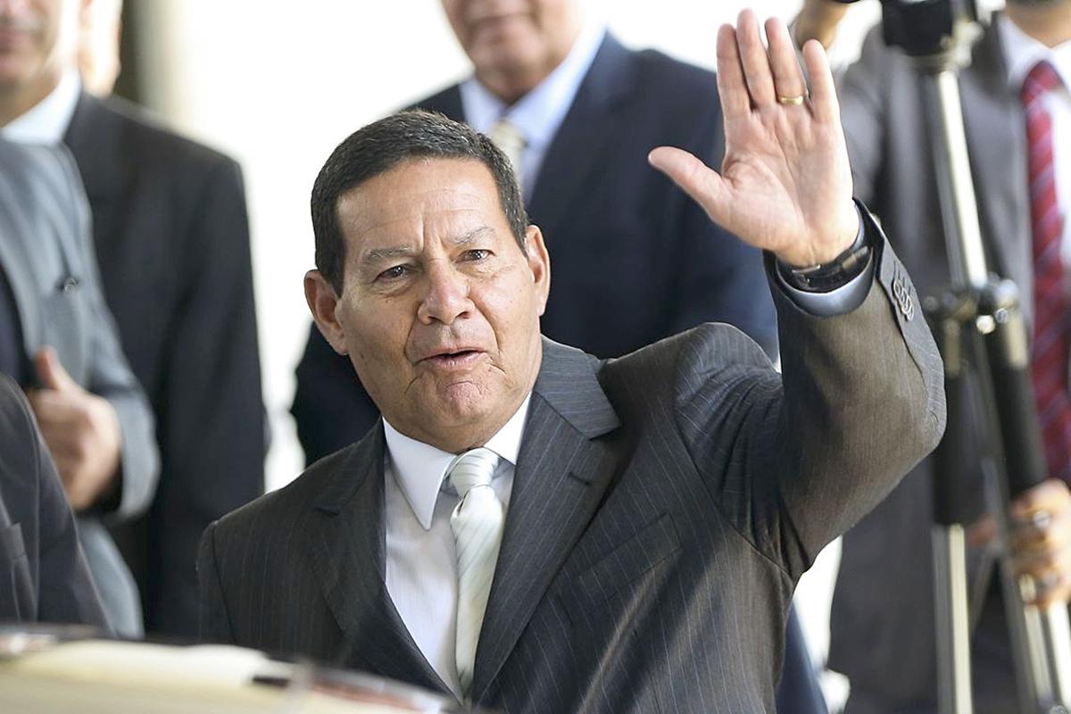 Mourão pode ser o terceiro vice a assumir em caso de impeachment ...